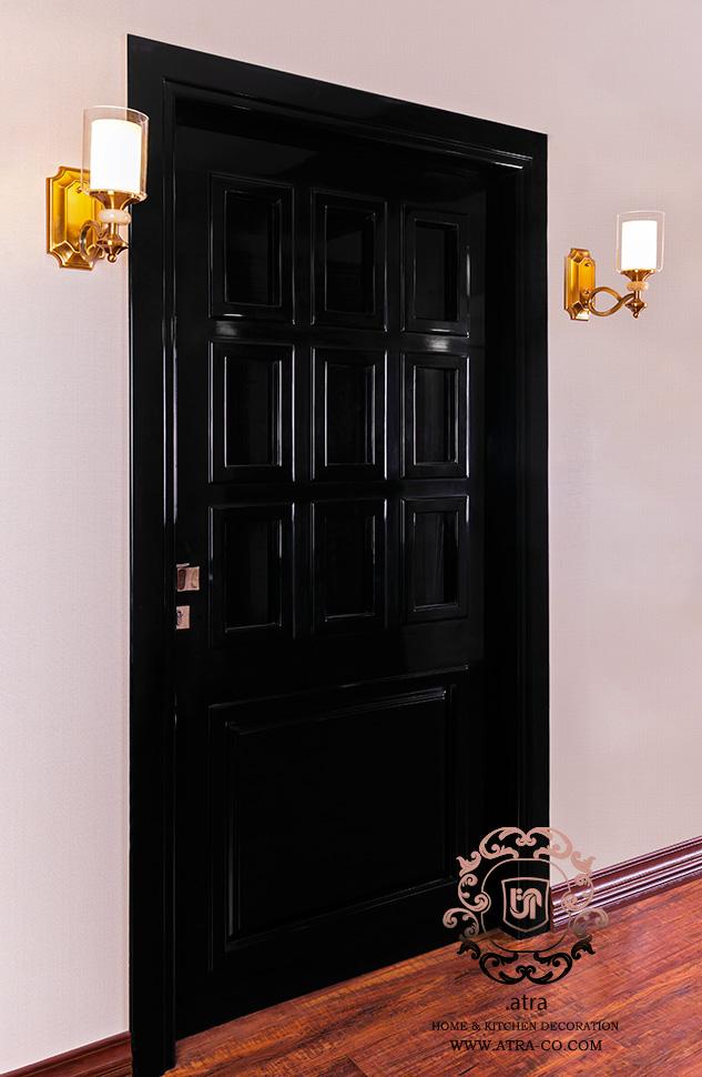 درب لاکر براق همراه با شیشه مناسب برای دکوراسیون داخلی، طراحی و ساخت توسط گروه طراحی دکوراسیون داخلی آترا، مشهد